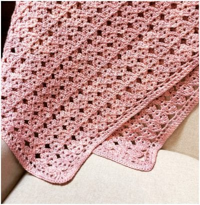 TRANQUILITY BLANKET: A FREE CROCHET PATTERN