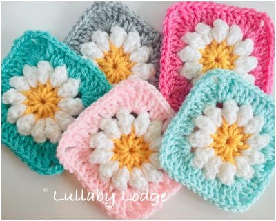 Perfect Crocheted Daisy Granny Afghan Block Free Pattern