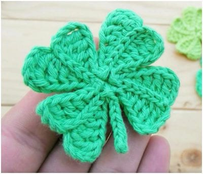How to Easy Crochet Four-Leaf Flower in a few steps.